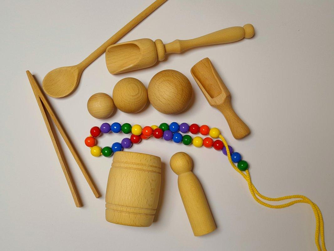 Montessori rīku komplekts